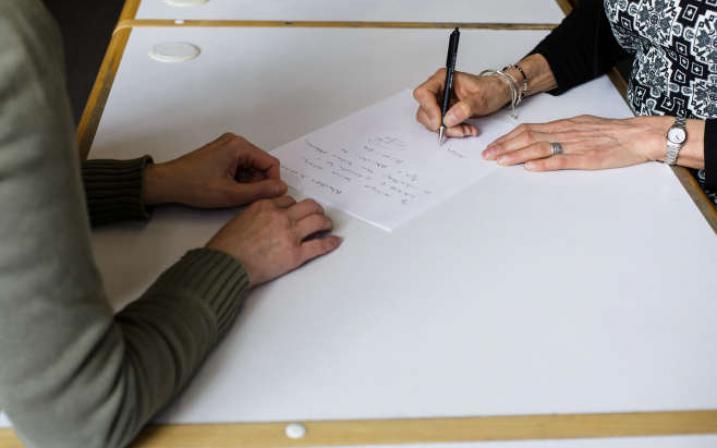 ecrivain public scribe moderle